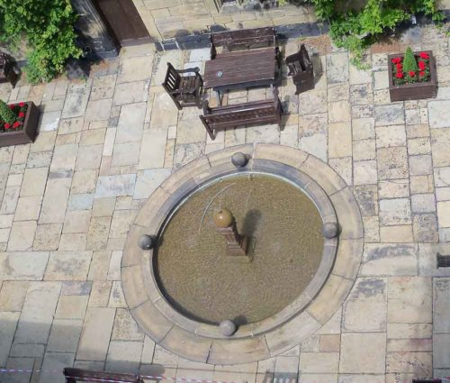 Reclaimed-Yorkstone-Paving-1